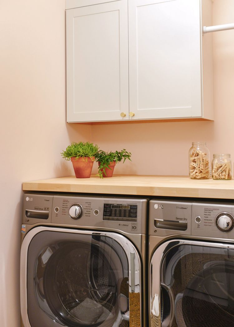 A 2-Day Pretty In Peach Laundry Room Makeover! (Yellow ...