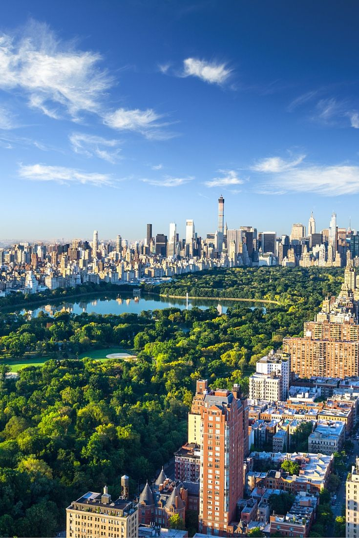 18 Of The Best Skylines In The World New York Attractions New York Wallpaper New York City Guide