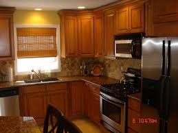 golden oak cabinets with quartz - Google Search #honeyoakcabinets golden oak cabinets with quartz - Google Search #honeyoakcabinets