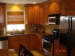golden oak cabinets with quartz - Google Search #honeyoakcabinets golden oak cabinets with quartz - Google Search #honeyoakcabinets