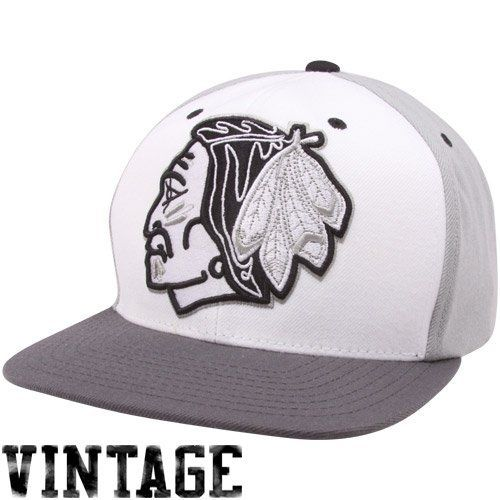 NHL LNH Mitchell Ness Wool 2 Grey Tone Snapback Hat Cap NZ949 Chicago  Blackhawks by Mitchell   Ness.  25.95. Stand out in the crowd AND own a hat  that will ... 46e36f26e7dc