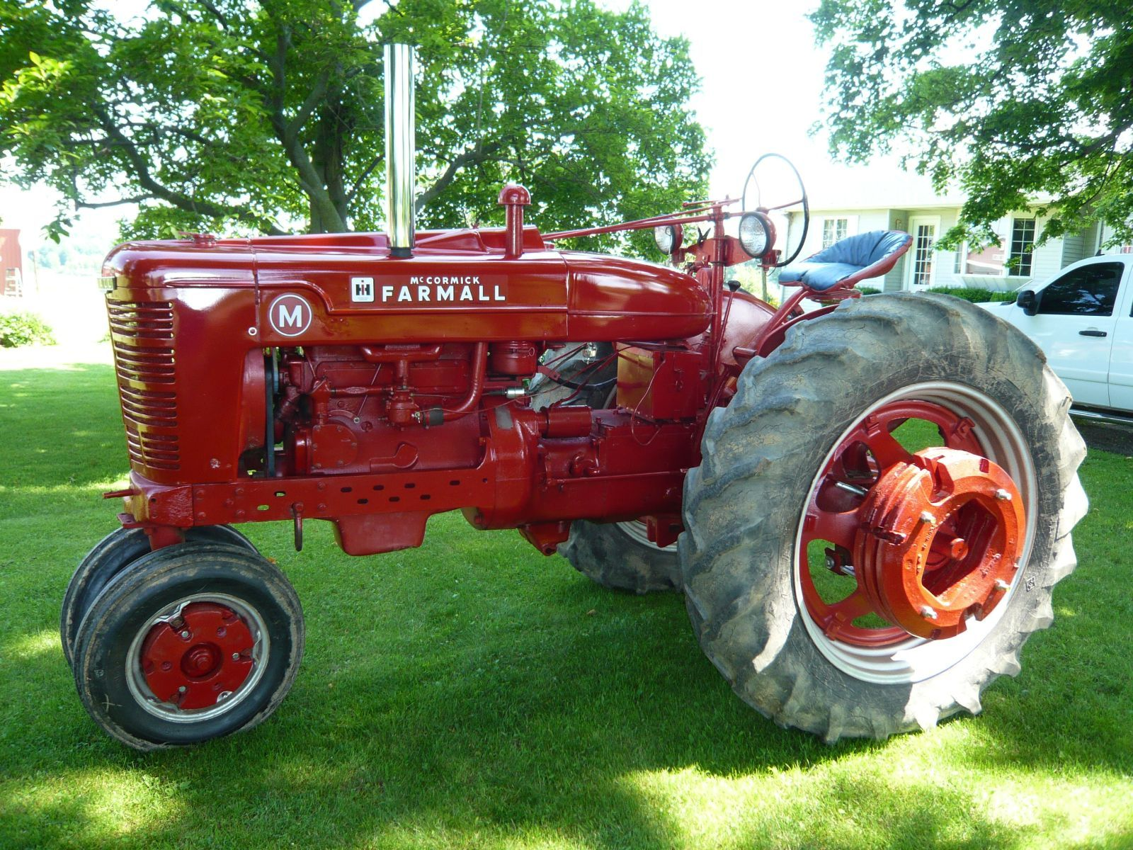 farmall com check out this 1948 farmall m owned by adam blonde litchfield  [ 1600 x 1200 Pixel ]
