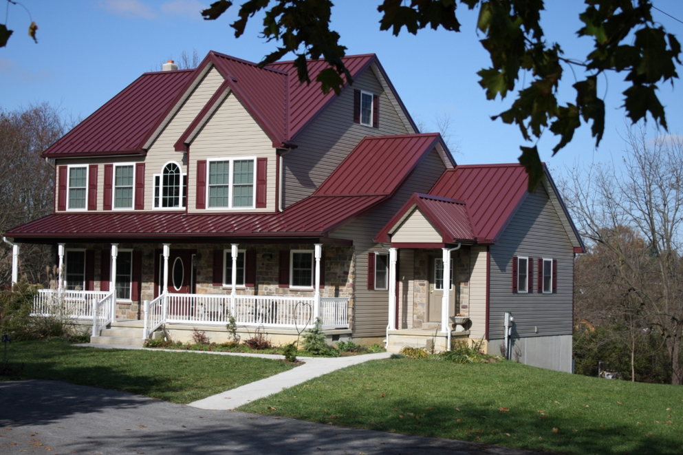 Best Metal Roofing Colors Design The Colour Is Very Bright So 400 x 300