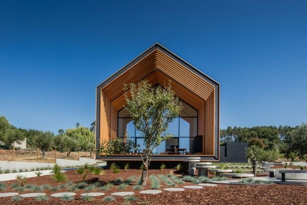 Maison familiale au Portugal par l\u0027architecte Filipe Saraiva