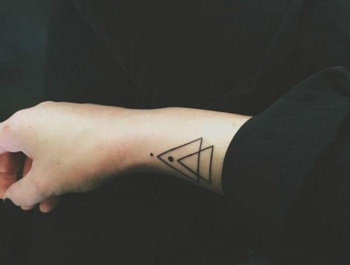 0,tatouage,triangle,signification,tatouage,femme,tatouage,originaux,femme