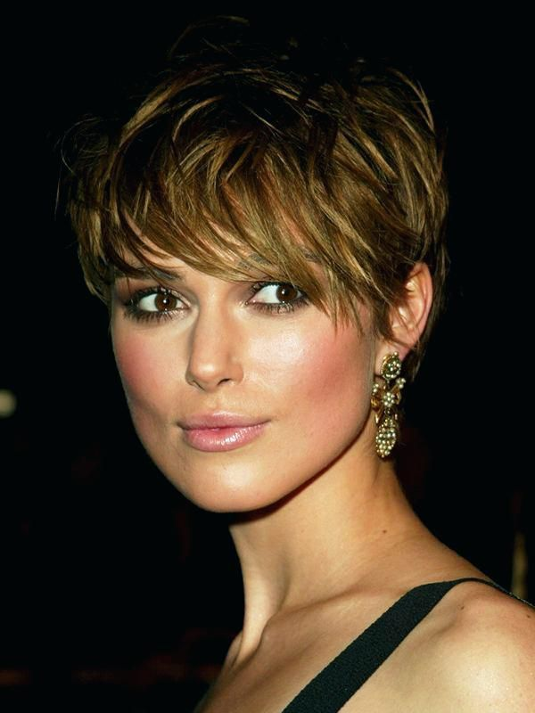 Unique Short Hairstyles For Round Faces With Bangs Short ...