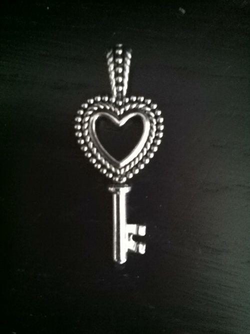Lia Sophia Pendant - $15 - :):) Love!