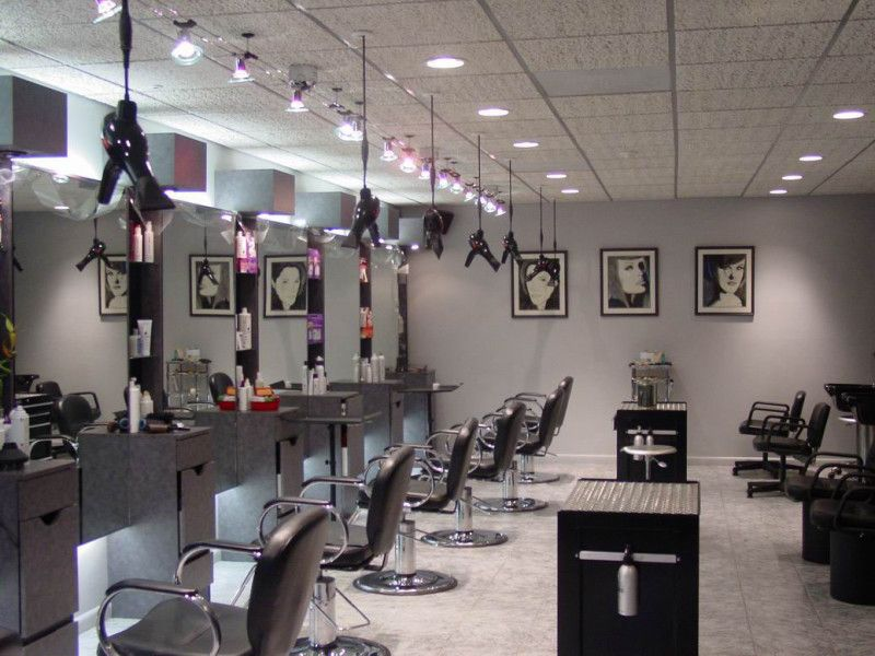 Incredible Color Schemes For Beautiful Hairs Salon With Modern Interior Design And Recessed Lighting