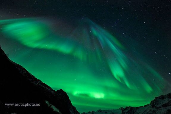 Astrophotographer Bjørn Jørgensen captured the aurora over Grøtfjord, close to Tromsø, North Norway, January 22, 2012