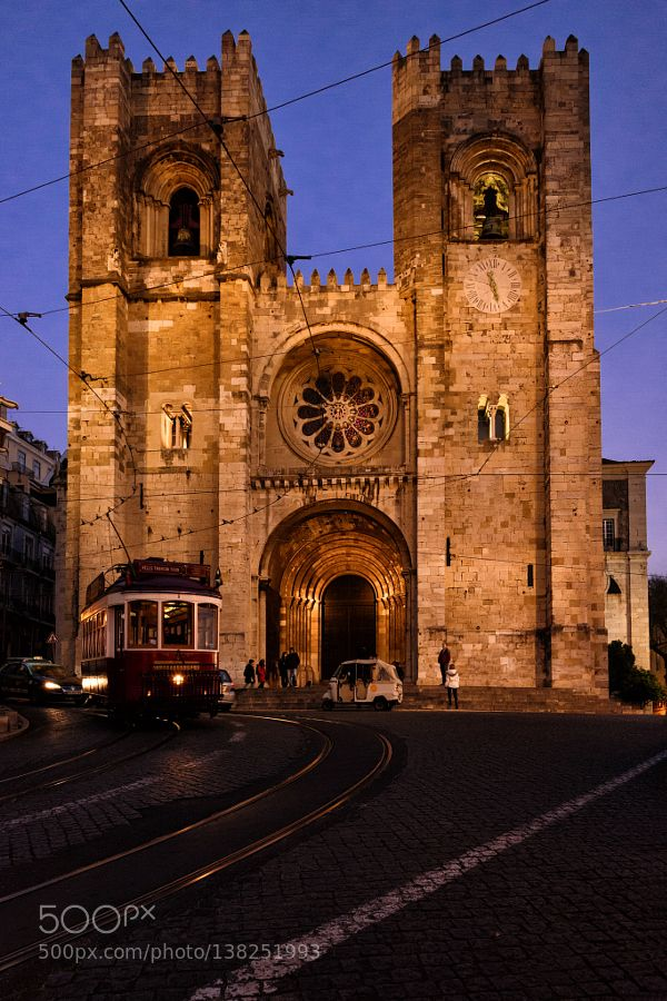 Popular on 500px : Sé de Lisboa (Lisbon Portugal) by stephanlampenscherf