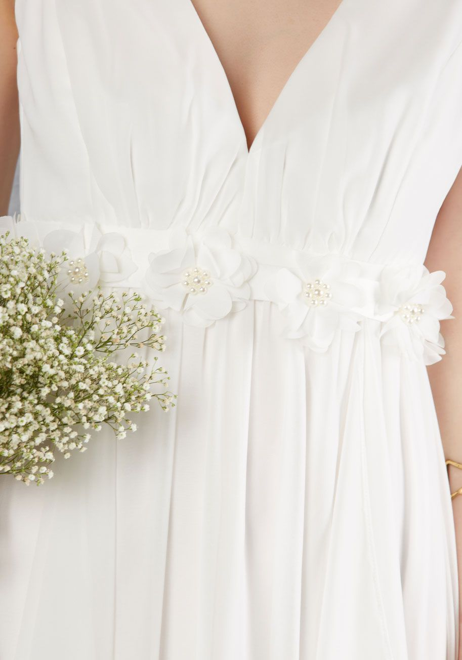 Slow Dance Splendor Maxi Dress In White A Softening Of The Music Means Its Your