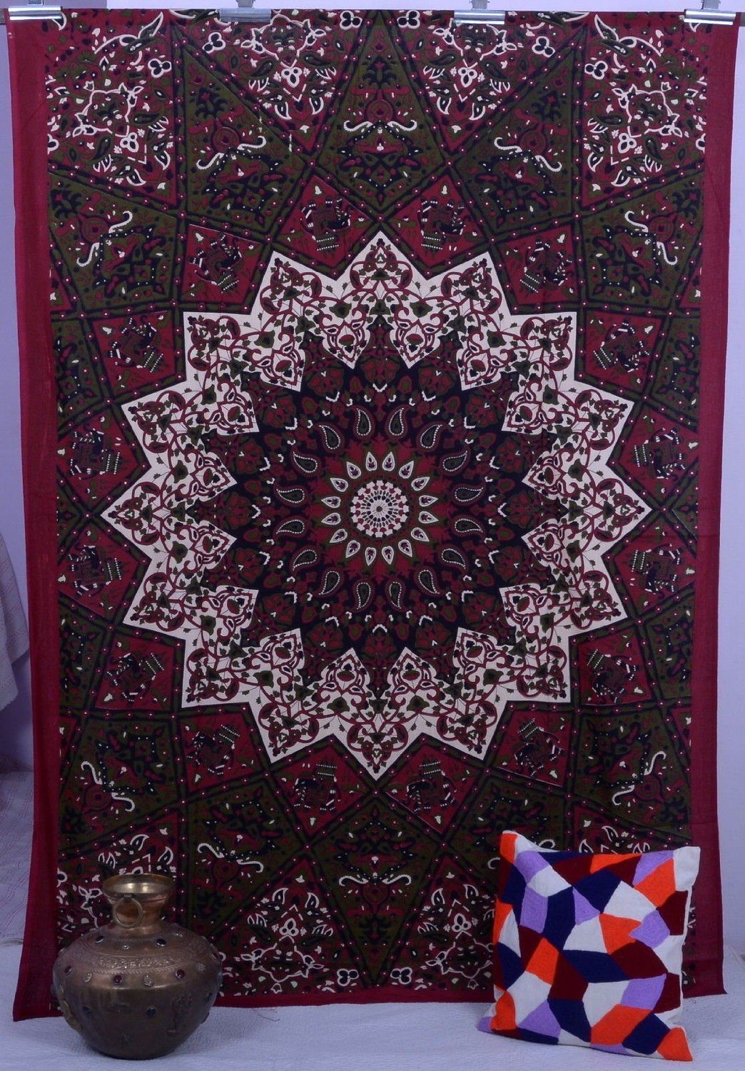 Maroon Star Psychedelic Hippy Tapestry In Canada Bed