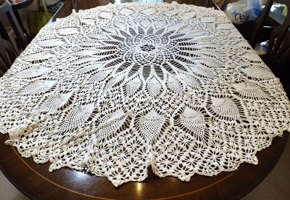 Hand Crocheted Round Tablecloth Pineapple Pattern 52\