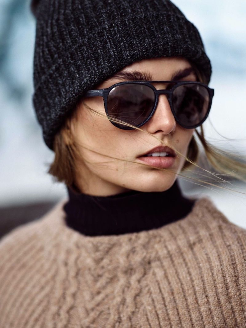 An image from Massimo Dutti's Apres Ski collection