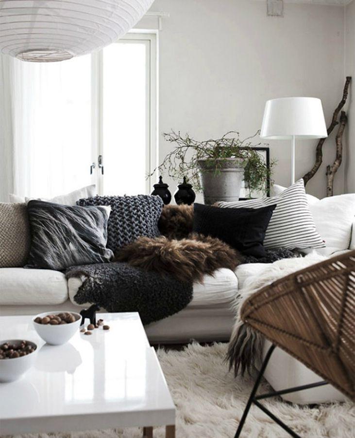 Sal n cojines peludos salas de estar decoraci n de - Cojines de salon ...