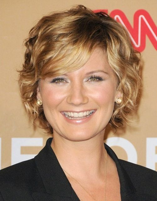 Short Hairstyles For Square Faces Short Haircuts For Square Faces  Stylish Short Wavy Hairstyles For
