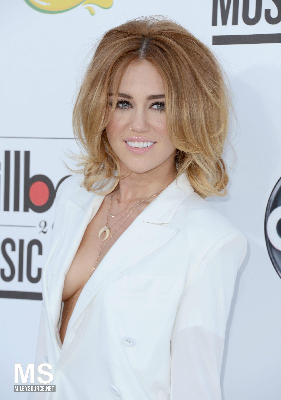 <3 Miley Cyrus