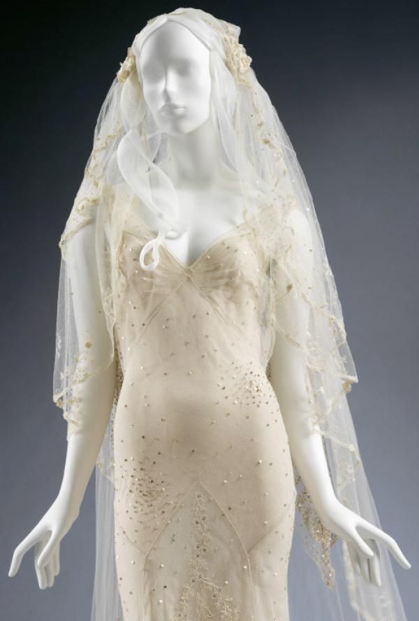 kate moss wedding dress - Google Search | All the Pretty Things ...