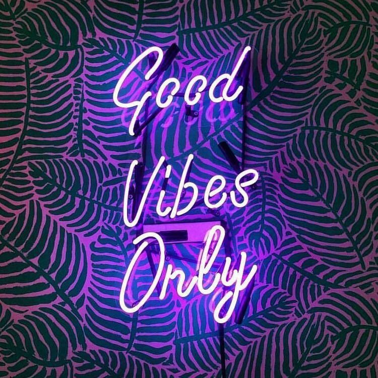 Good Vibes Only Neon Signs Neon Quotes Neon Lighting