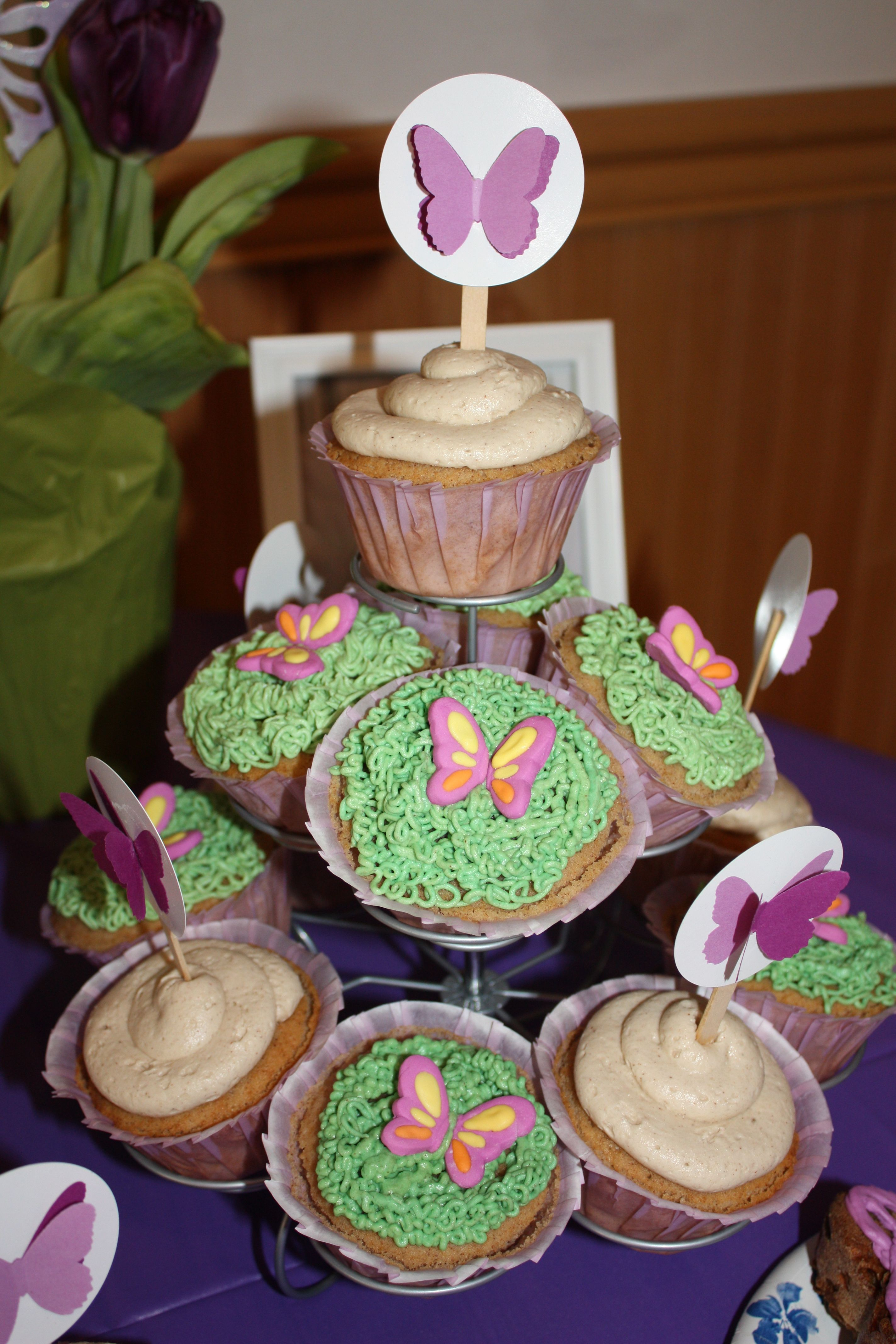 Butterfly cupcakes with a butterfly topper