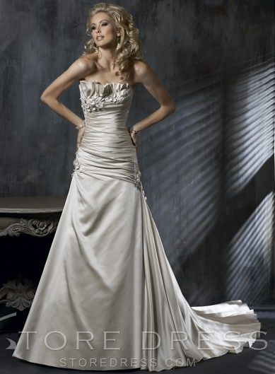 Amazing A-line Scalloped Ruching Wedding Dress at Storedress.com