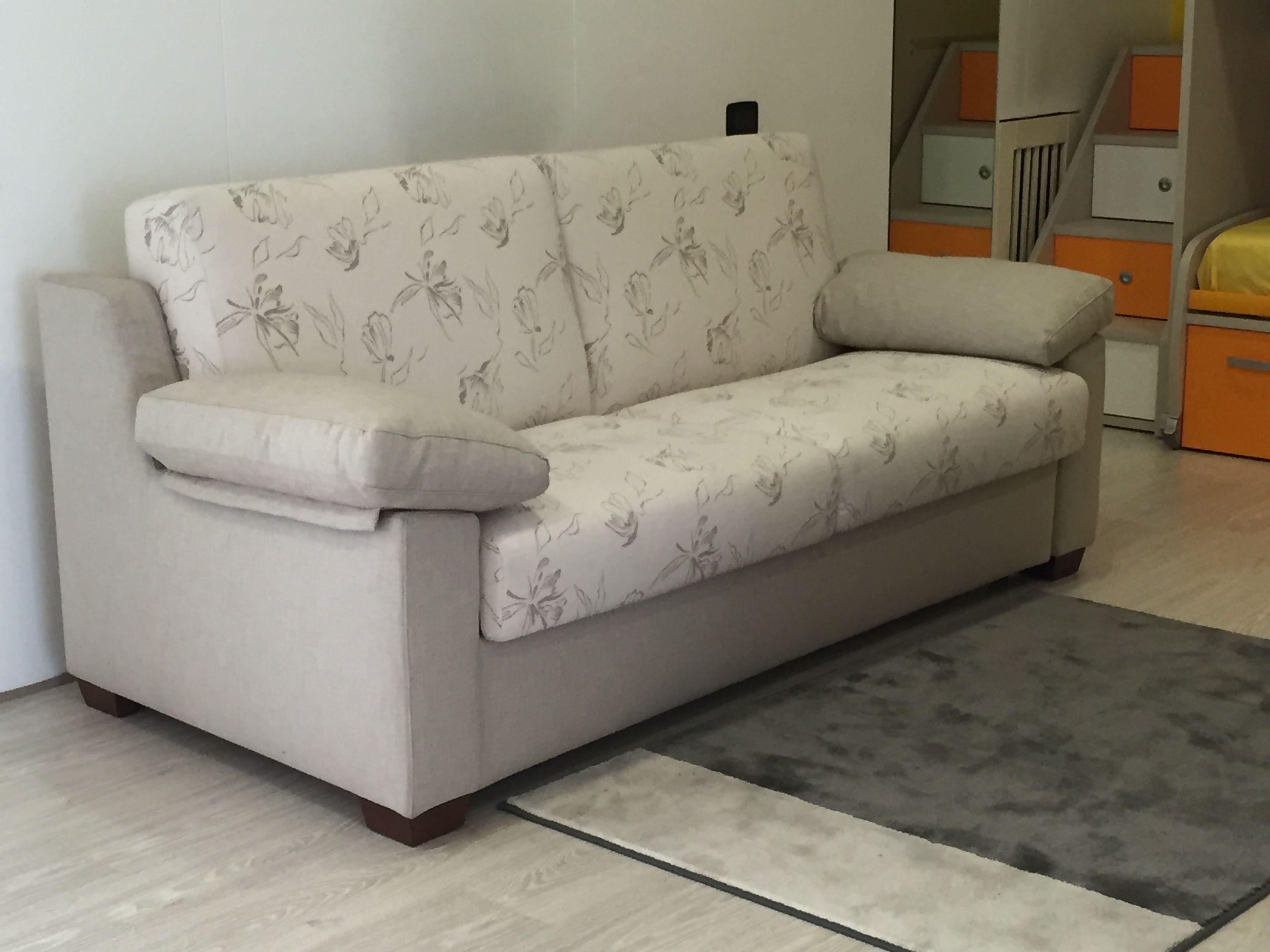 Foderare Divano ~ Rifoderare divano in pelle tessuti per divani ikea with