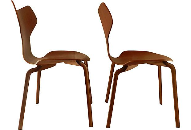 Grand Prix Chairs by Arne Jacobsen - Silhouette View