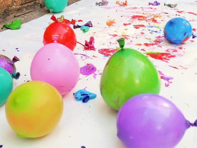 Popping Paint Balloons Alice Amelia Balloon Painting Balloon Crafts Arts And Crafts For Kids