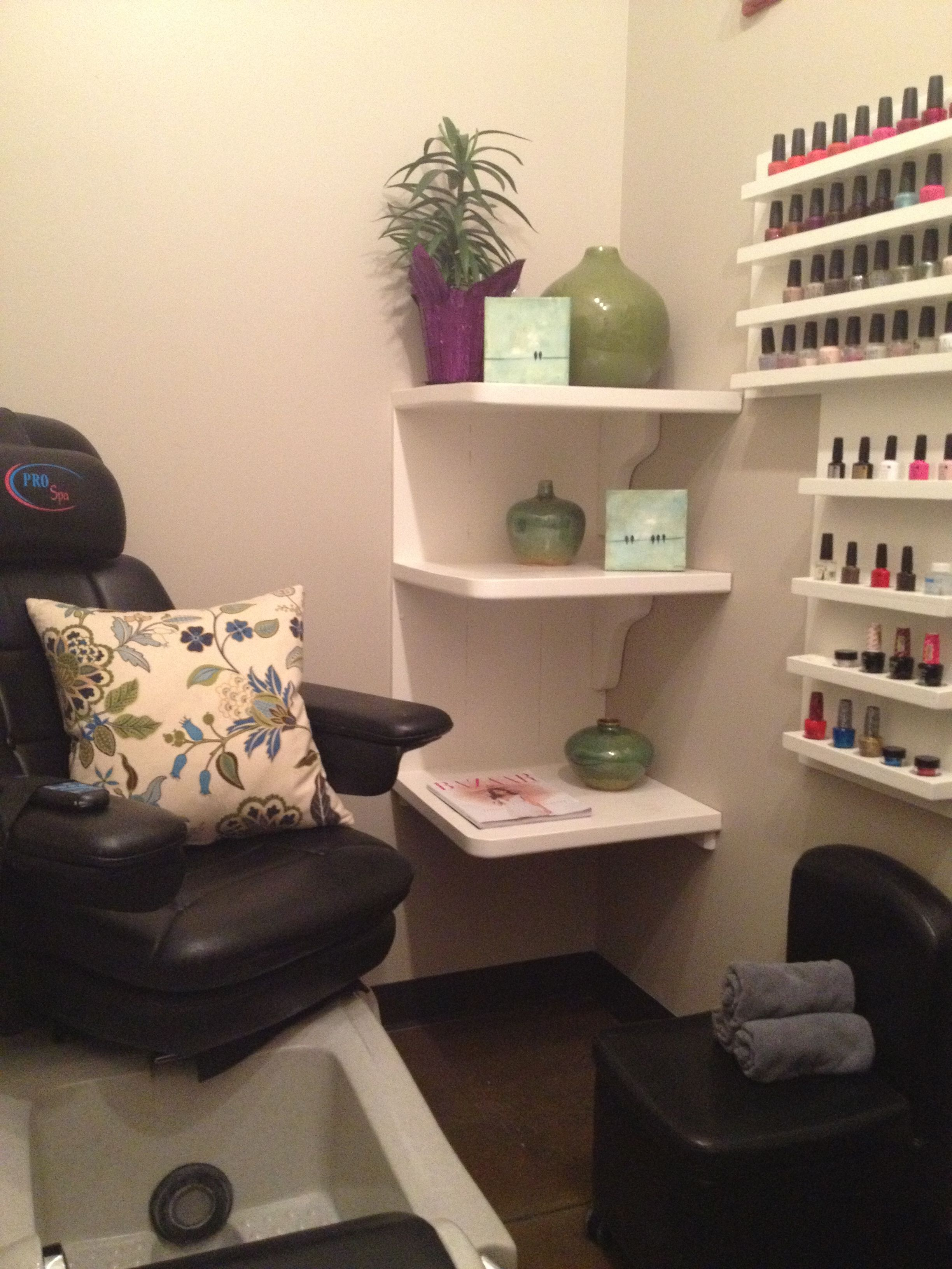 cute cozy and quaint private nail room nail room. Black Bedroom Furniture Sets. Home Design Ideas