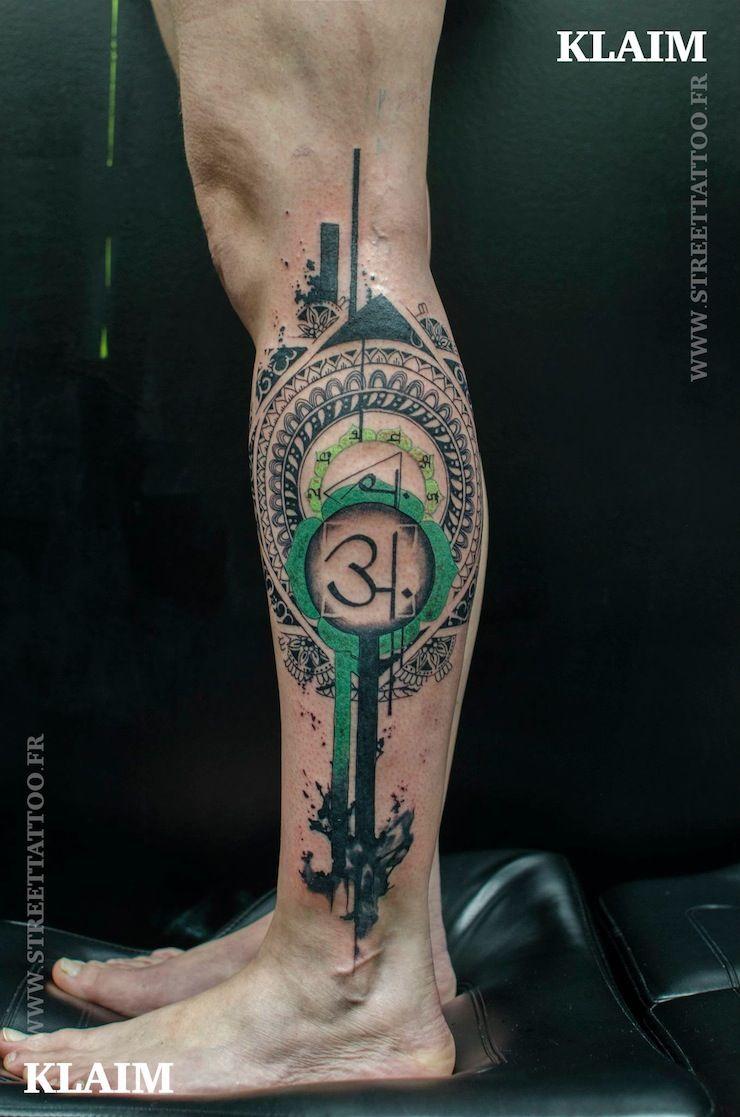 Flowers Tattoo By Klaim Street Tattoo: Klaim Street Tattoo, Graphic Tattoo, Tattrx, Tatoueuer