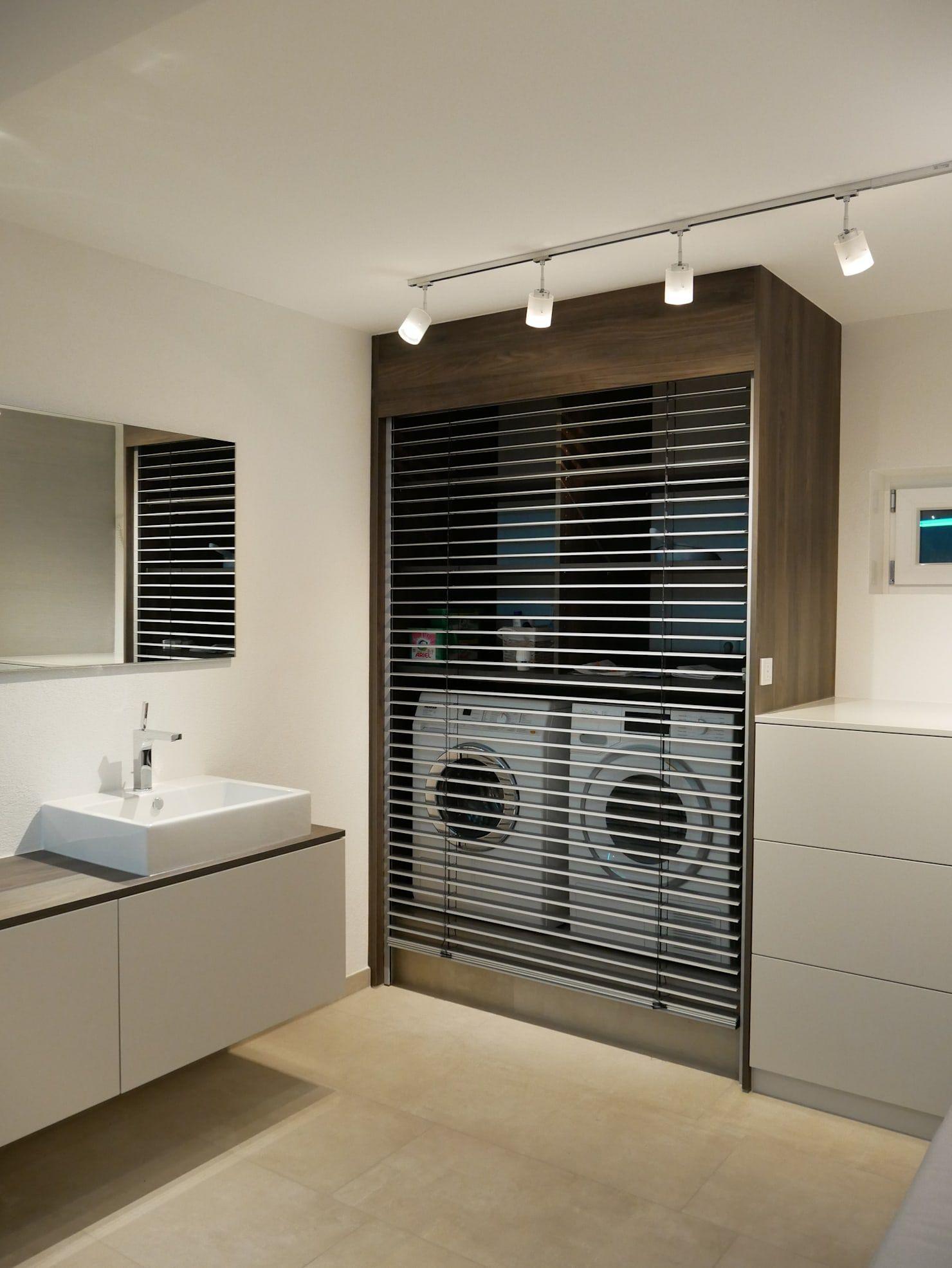 Wellnessbad Mit Dampfdusche Skandinavische Badezimmer Von As Designconcepte Skandinavisch Hom In 2020 Bathroom Inspiration Modern Beautiful Bathrooms Bathroom Colors