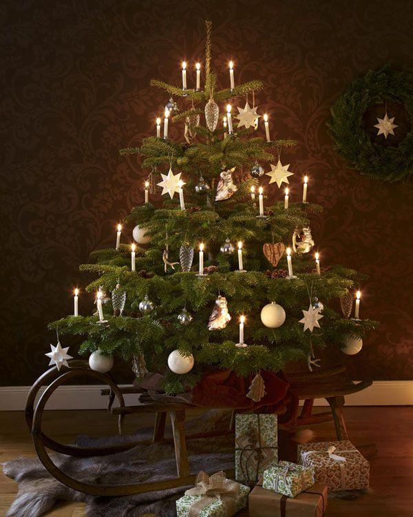 festlich wir dekorieren den christbaum weihnachten. Black Bedroom Furniture Sets. Home Design Ideas