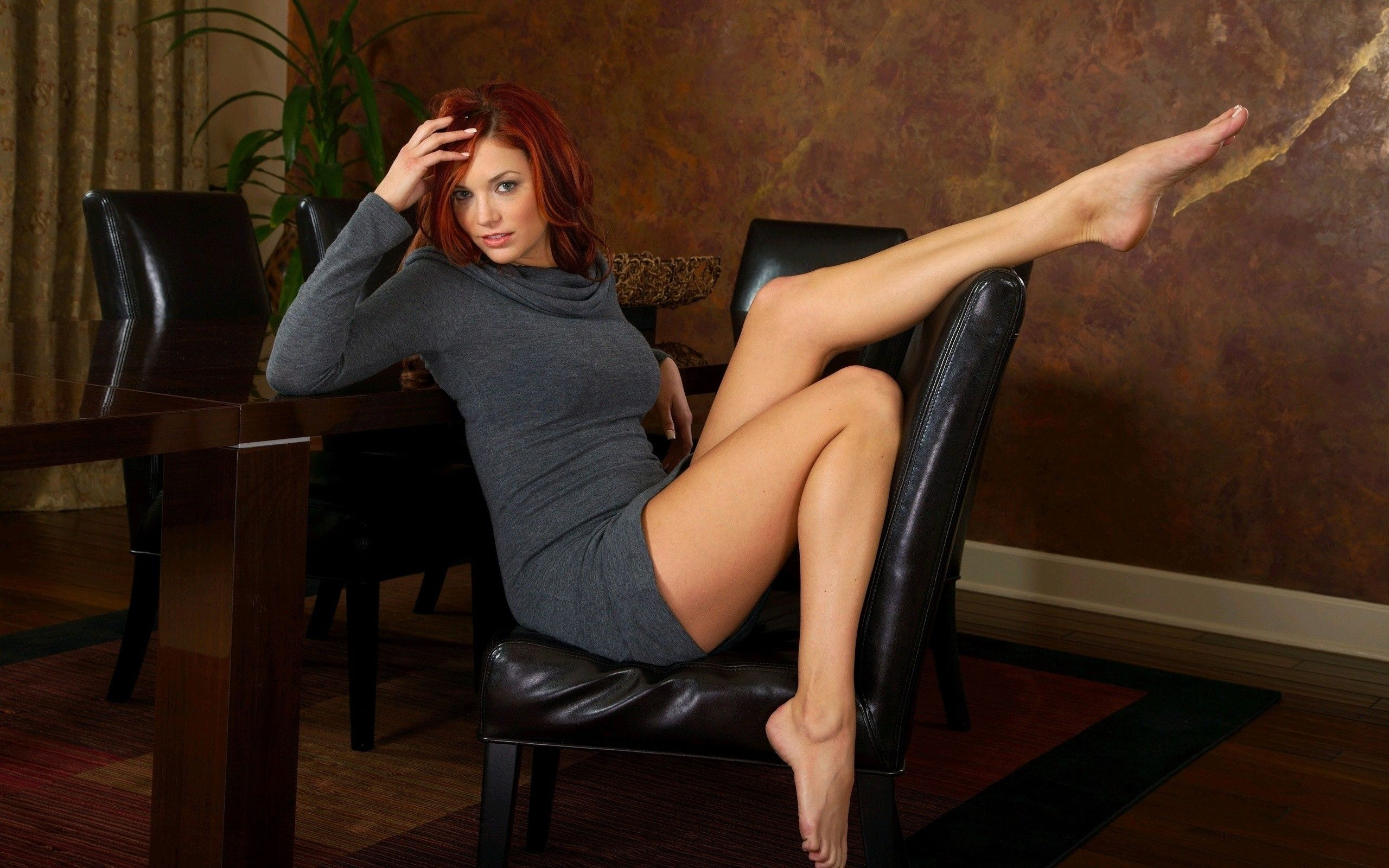 Sexy legs hd pics