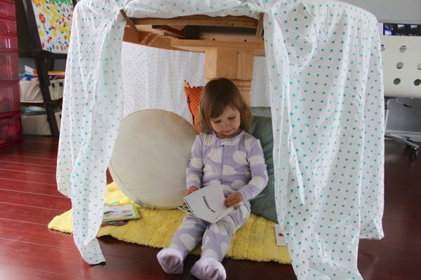 20 Epic Indoor Forts You'll Want to LiveIn  From mega-crafty hand-sewn reading nooks to super simple blanket forts, here are 11 cool hideouts t #Epic #forts #Indoor #LiveIn #youll