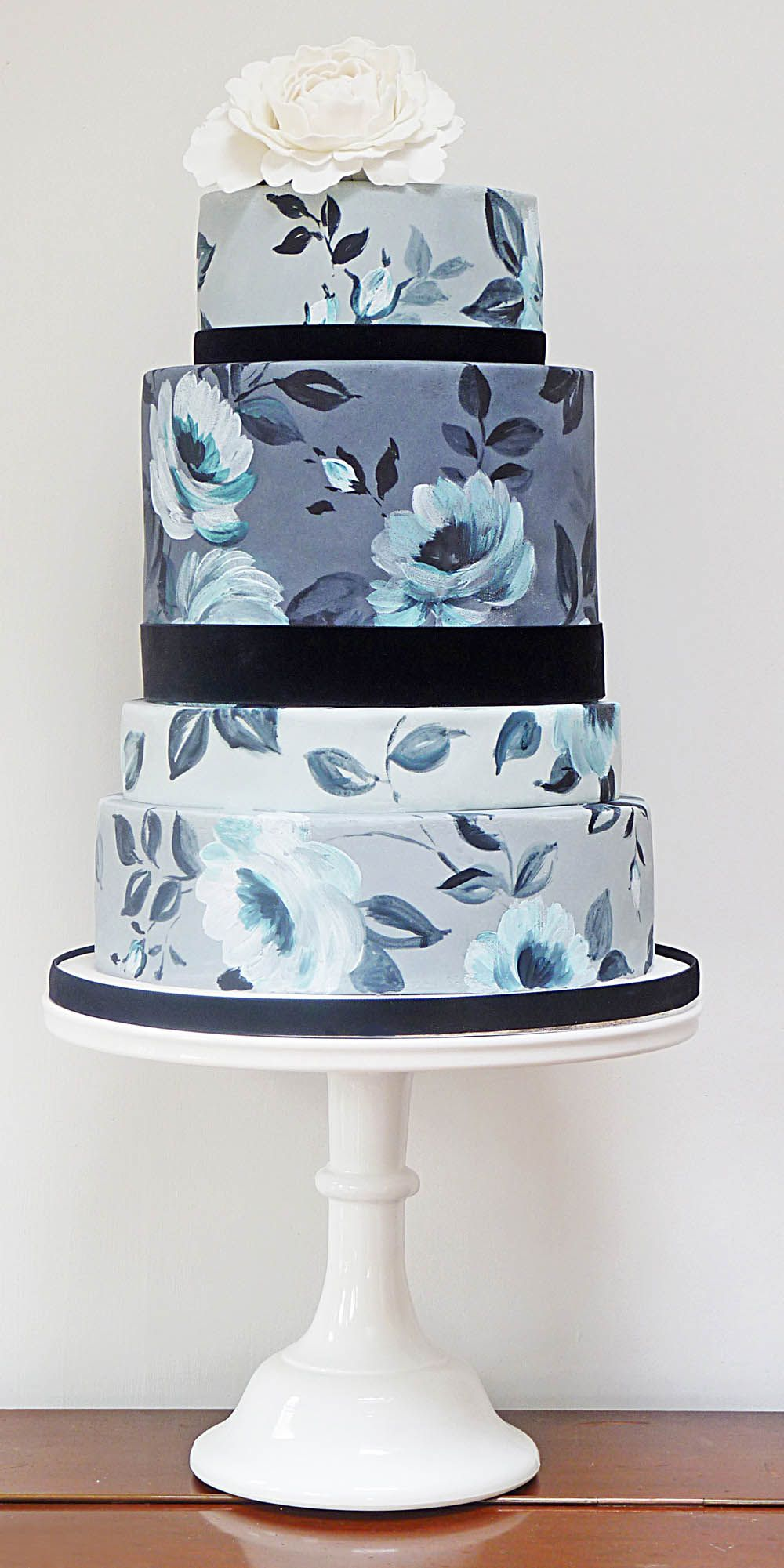 Nevie Pie Cakes Blue And White Wedding Cake Bedfordshire
