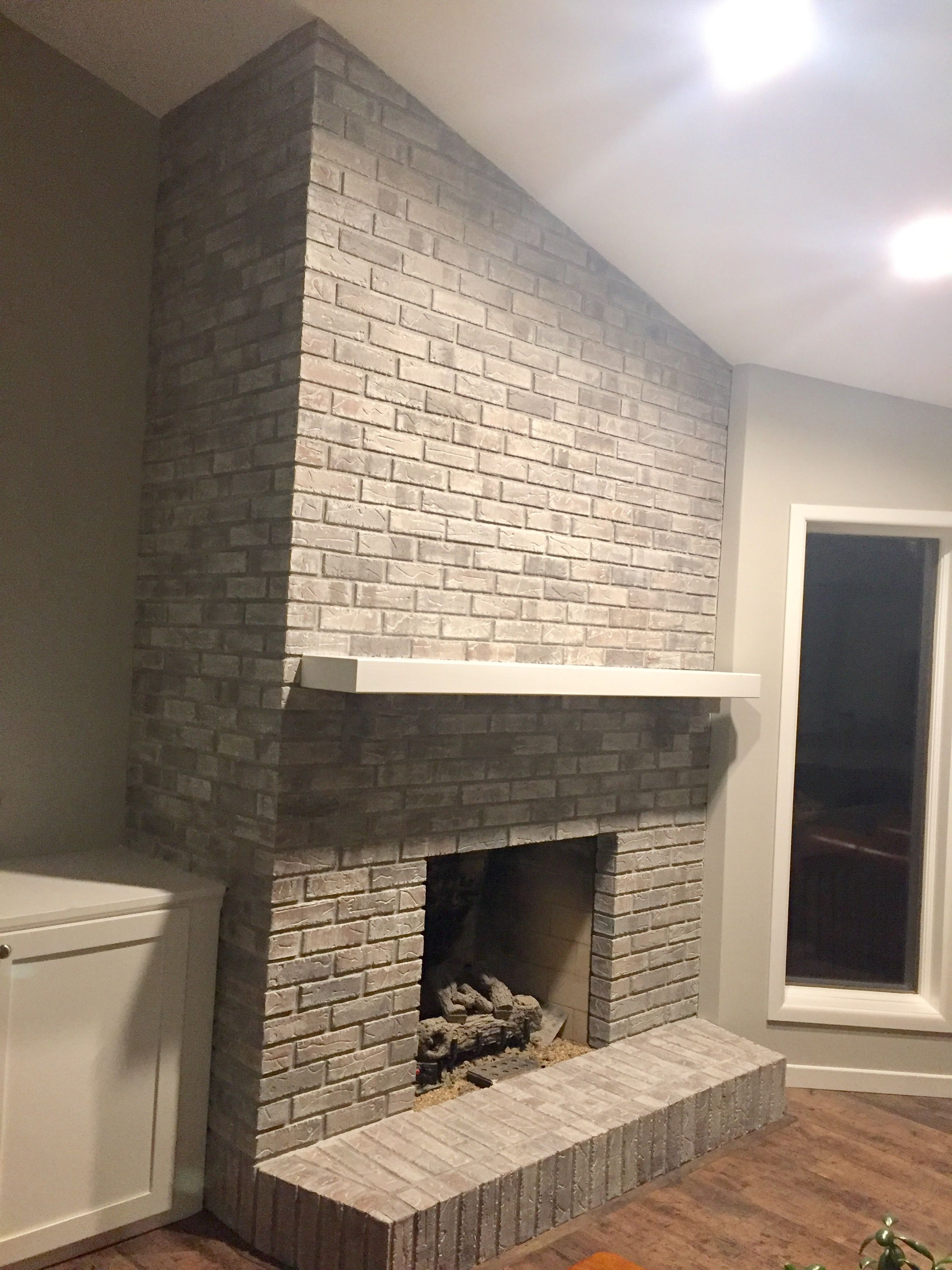 Whitewashed Brick 1 2 Repose Grey Sherwin Williams Paint 1 2
