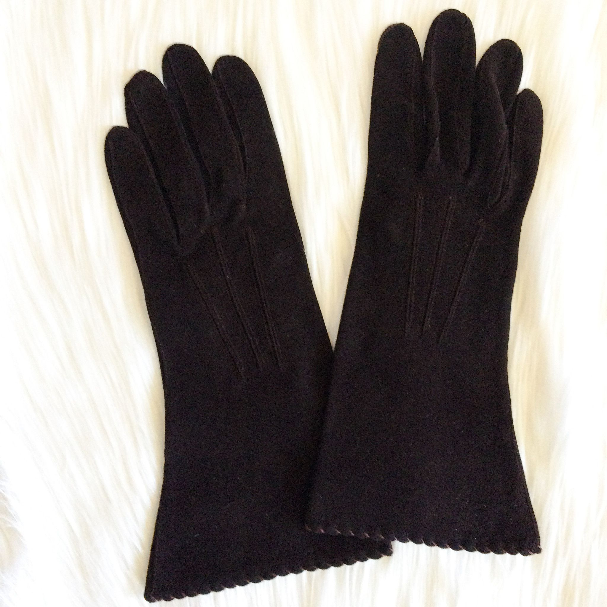 Vintage Pair of Gloves