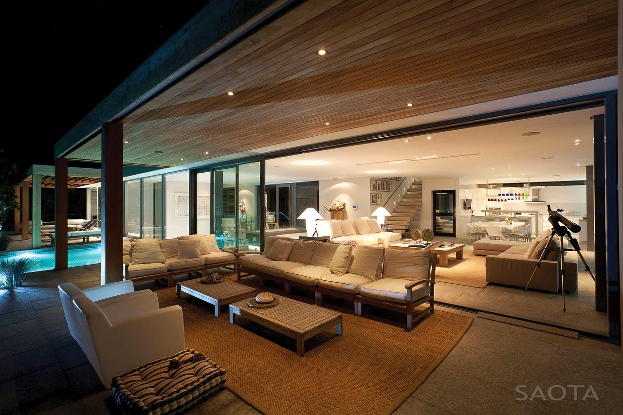 Positioned along  beachfront site south africa   plettenberg bay is plett six bedroom residence by cape town based practice saota also pin nicole fuller on interior pinterest architecture rh