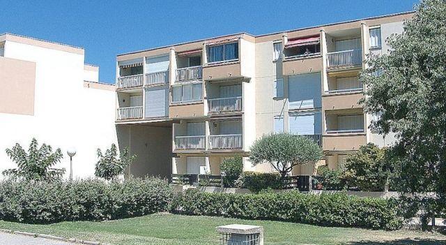 Los Amigos - #Apartments - $86 - #Hotels #France #LeGrau-du-Roi http://www.justigo.tv/hotels/france/le-grau-du-roi/los-amigos_75209.html