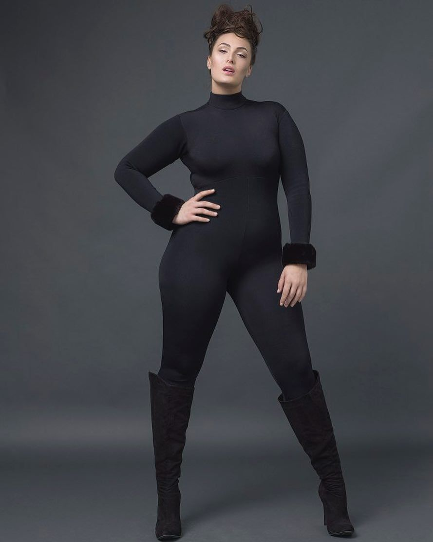 steven seagal and kelly lebrock s daughter is a gorgeous plus size