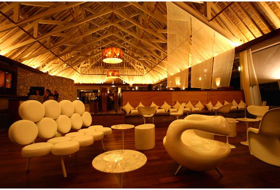the bubbles bar - I loved it from the second I saw the marshmallow sofas