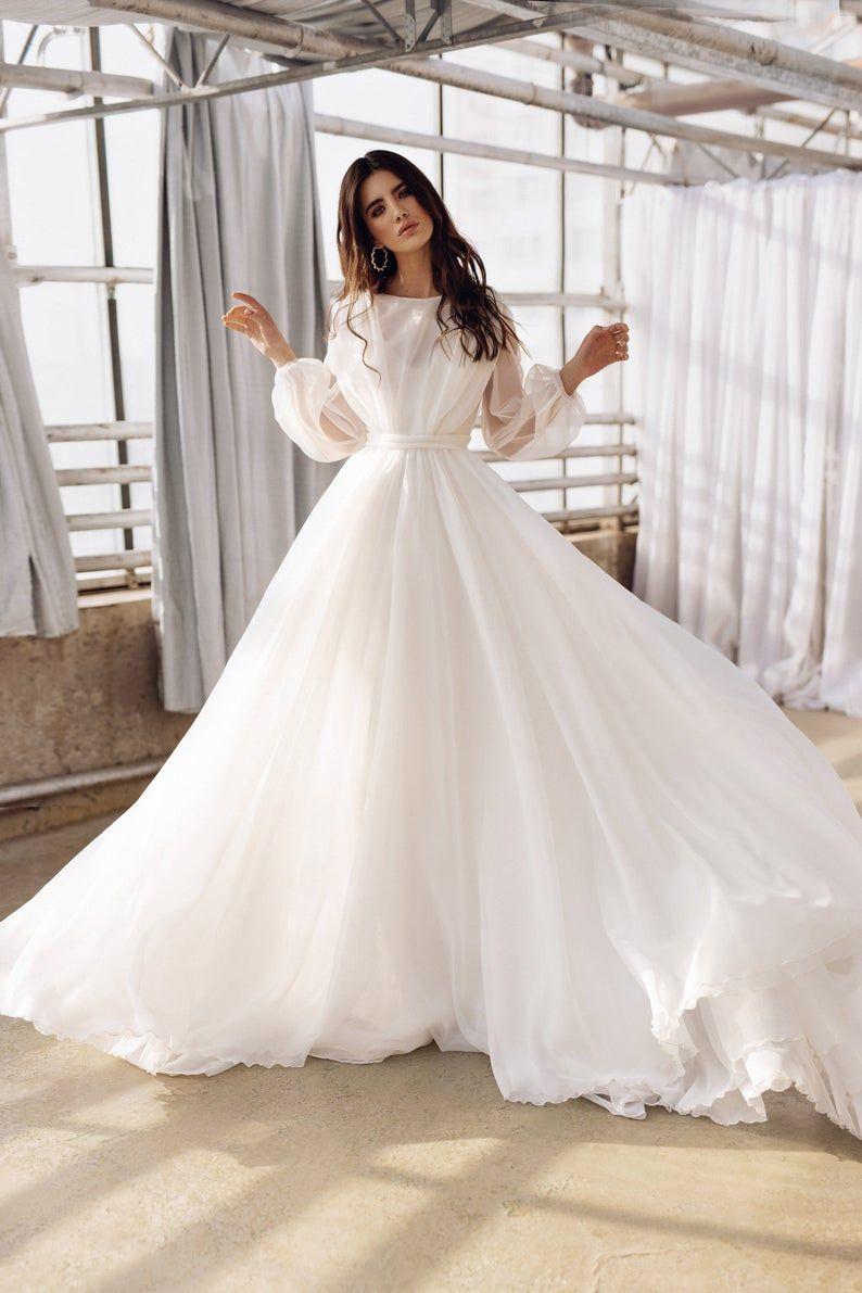 Boho Wedding Gown Long Sleeves Wedding Dress Organza Bridal Etsy In 2020 Wedding Dress Organza Organza Bridal Bridal Dresses