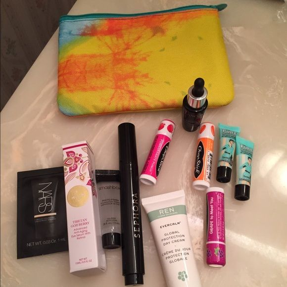Ipsy bag with skin care and primer samples | Makeup samples