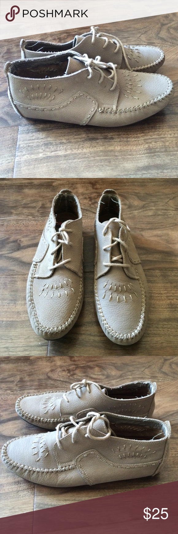 Hush puppies cream leather womens shoes 8.5 Preowned but excellent condition. Womens hush puppies casual shoes. Cream beige leather color. Worn twice but like new. They are a nice style and have nice details. Look like ankle boots or dress shoes. Size 8 1/2 womens. Thanks. Hush Puppies Shoes Ankle Boots & Booties