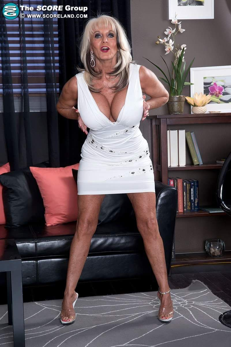 cougar matures granny sexy : photo | sally d'angelo | pinterest