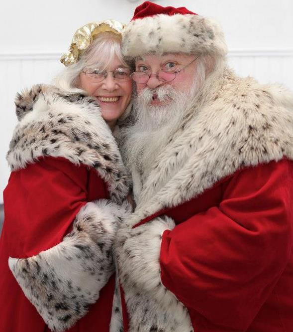 Mr And Mrs Claus Santa Claus Is Coming To Town Santa Suits Mrs Claus