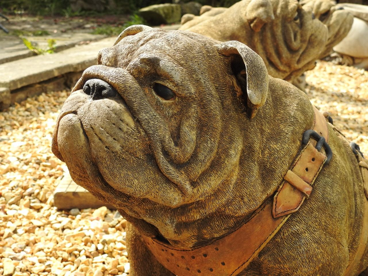 EXCLUSIVE Pair Life Size Sitting British Bulldogs Ornament Statue Hand Made  In UK