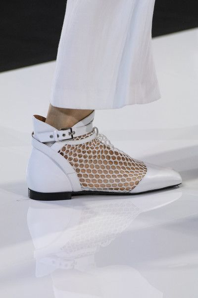 Emporio Armani At London Fashion Week Spring 2018 Celebrity Shoes Trending Shoes Trending Womens Shoes