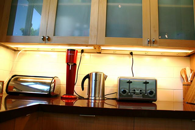 Power Strips Under Cabinets Rockridge Kitchen Tour 2011