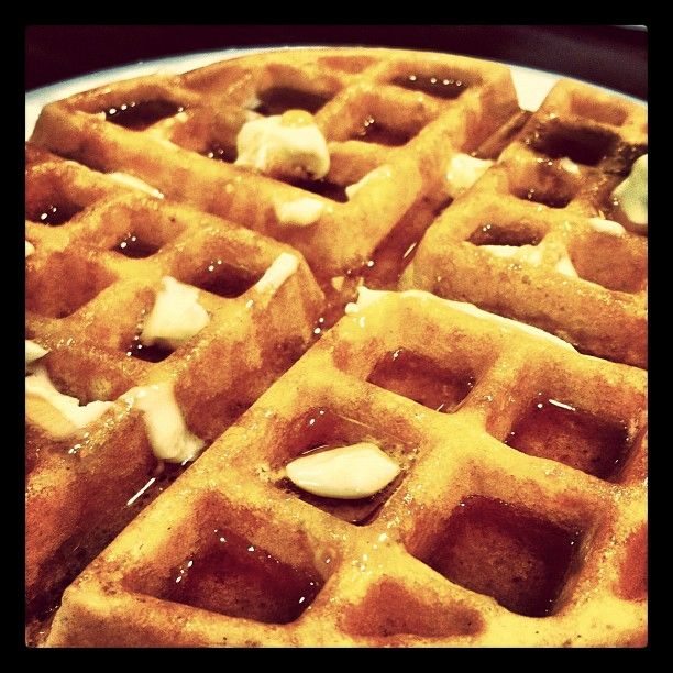Waffle corners and syrup